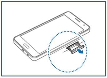 Samsung Galaxy A3/A5/A7, Speicherkarte einsetzen, Schritt 2, Speicherkarten-Fach entnehmen