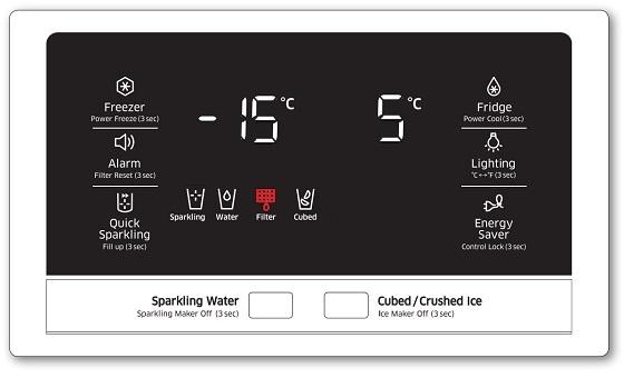 Samsung  French-Door Kühlschranks RF24HSESBSR, Wasserfilterpatrone austauschen, Wasserfilteranzeige im Display auf Rot