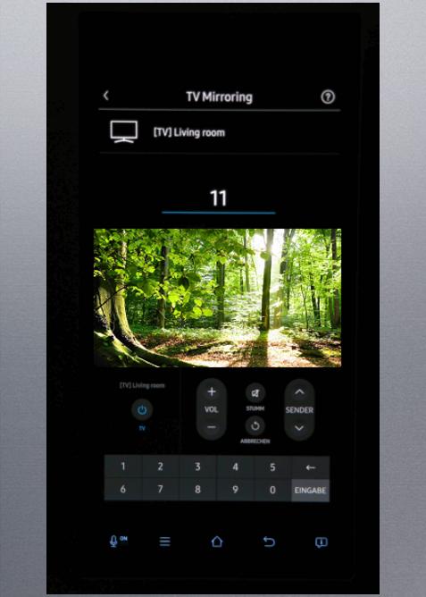 Wechsle beim TV Mirroring des Samsung Family Hub-Kühlschranks  den Sender und passe die Lautstärke an.