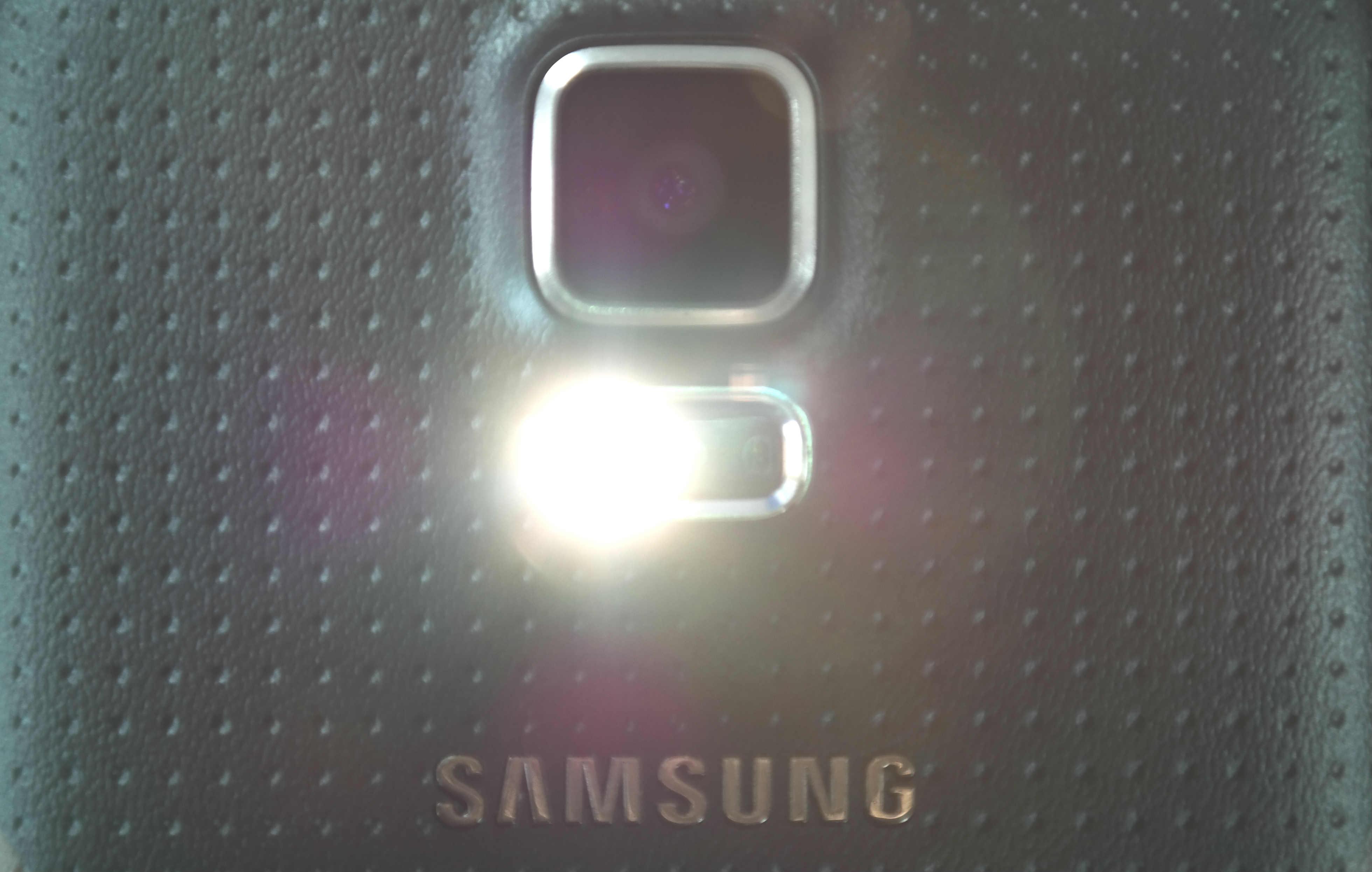 Samsung e2120, Yo te re banco.