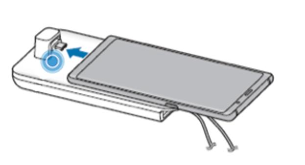 Ligue a ficha multifunções do dispositivo móvel ao conector do dispositivo móvel no DeX Pad