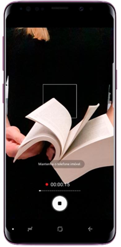 Toque no ícone Filmar para começar a filmar um vídeo e no botão Parar para parar de filmar.